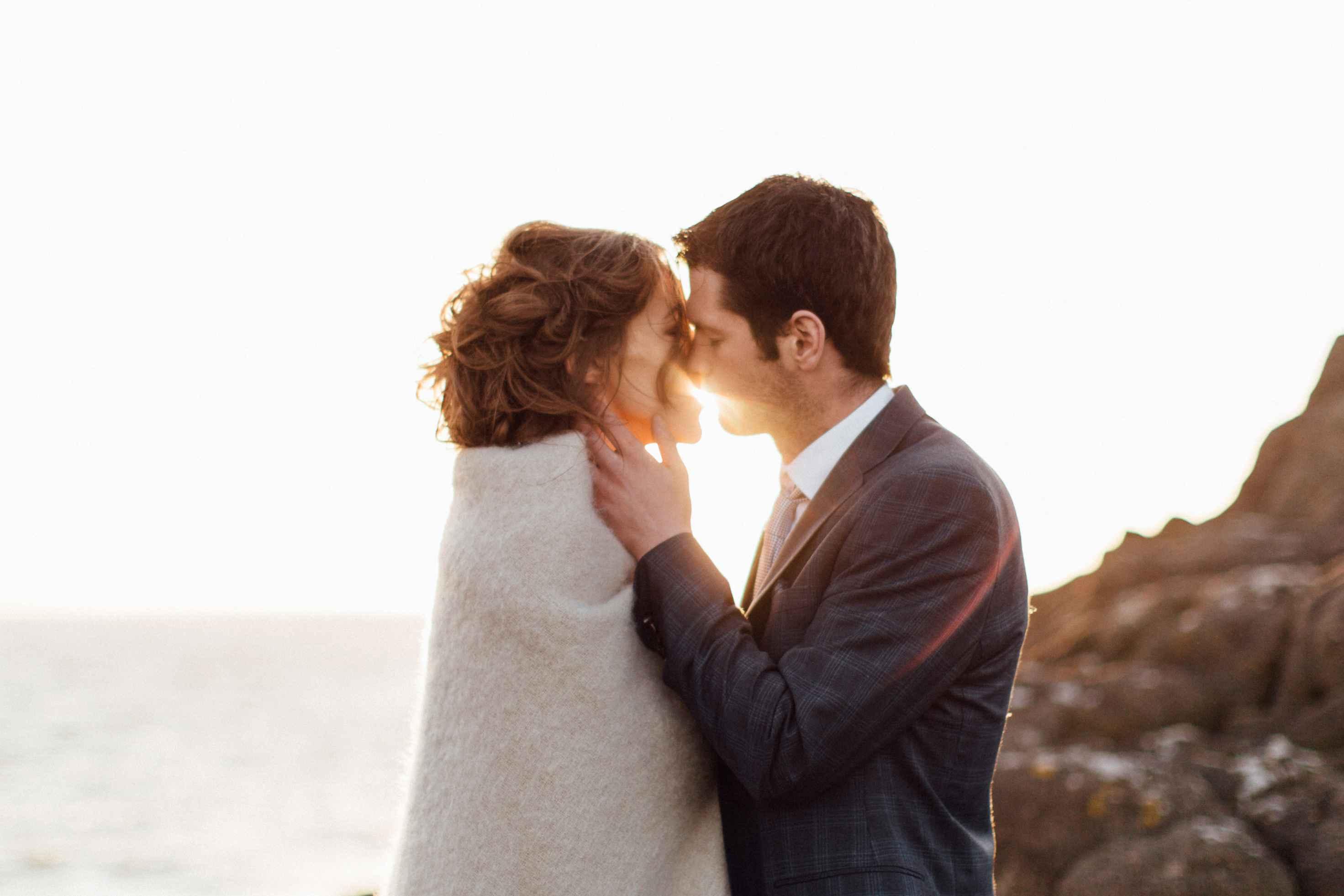 peter-carvill-weddings-fine-art-white-rocks-beach_0182