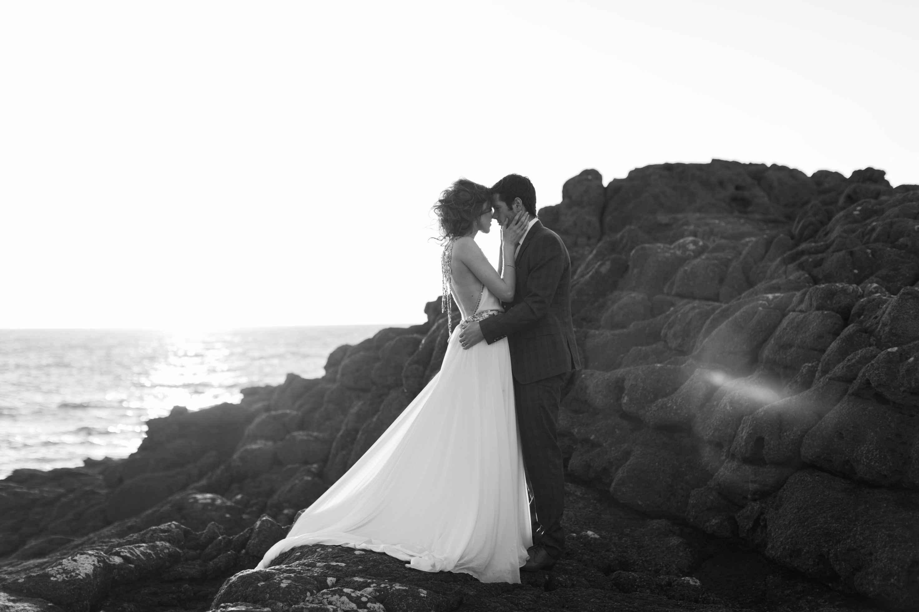 peter-carvill-weddings-fine-art-white-rocks-beach_0187