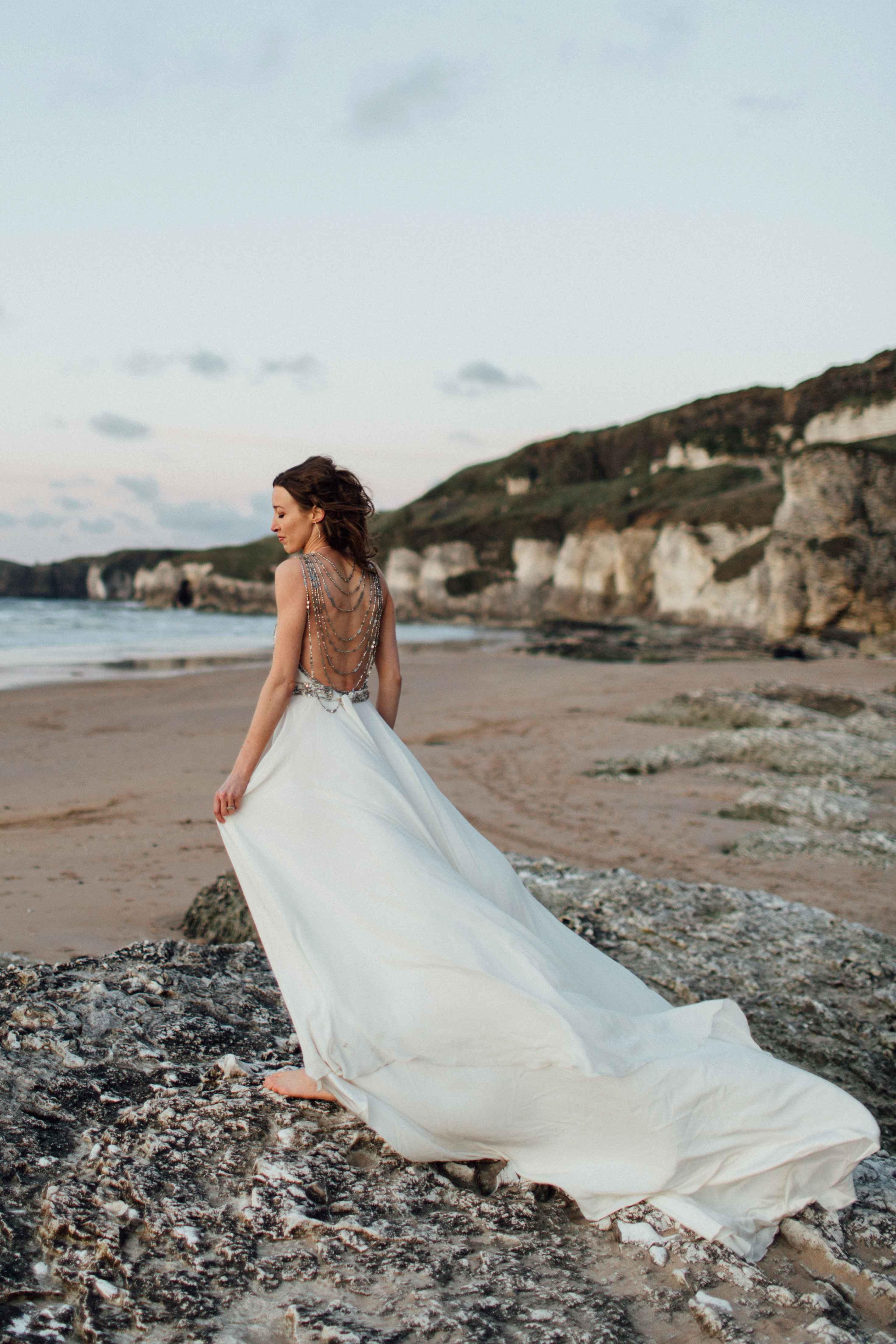peter-carvill-weddings-fine-art-white-rocks-beach_0207